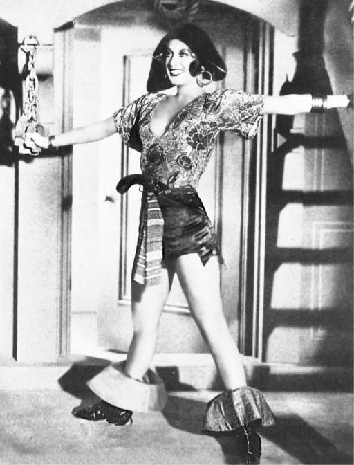 joan_crawford_2_pirate_drag_1932.jpg