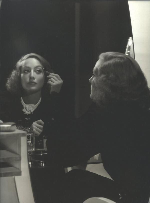 yjoan_crawford_1933_make_up.jpg